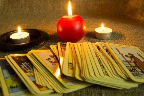 Tarot: Foto: © Zvereva Tatiana / shutterstock / #1295443765